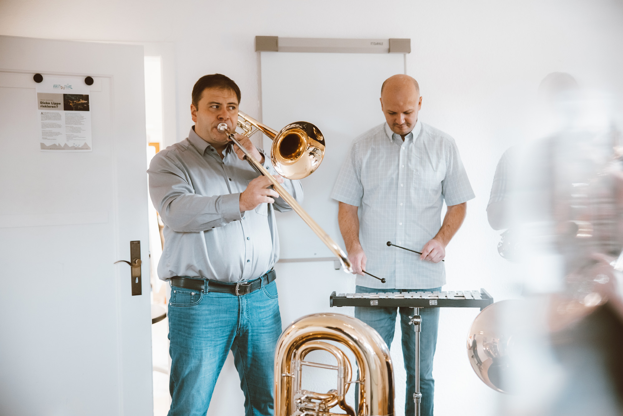 Musikunterricht mit Posaune und Tuba